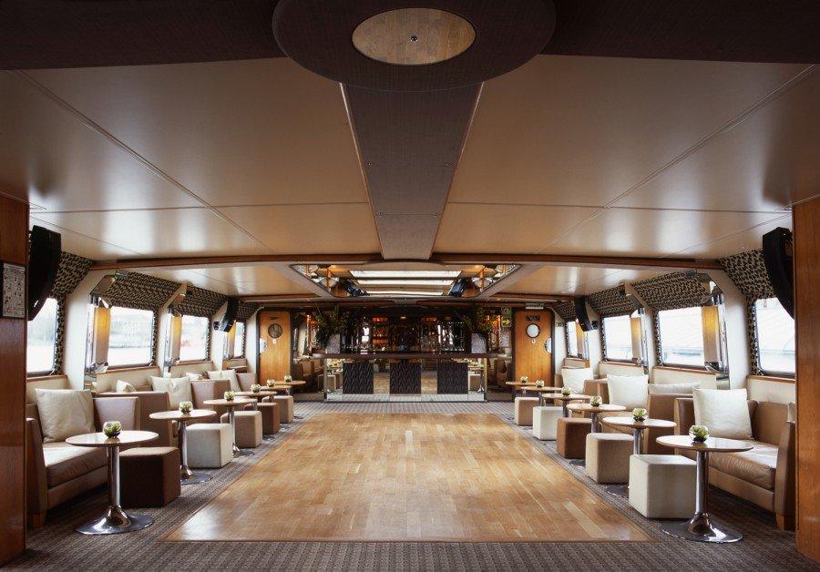 Enjoy NYE in London on board the Silver Barracuda
