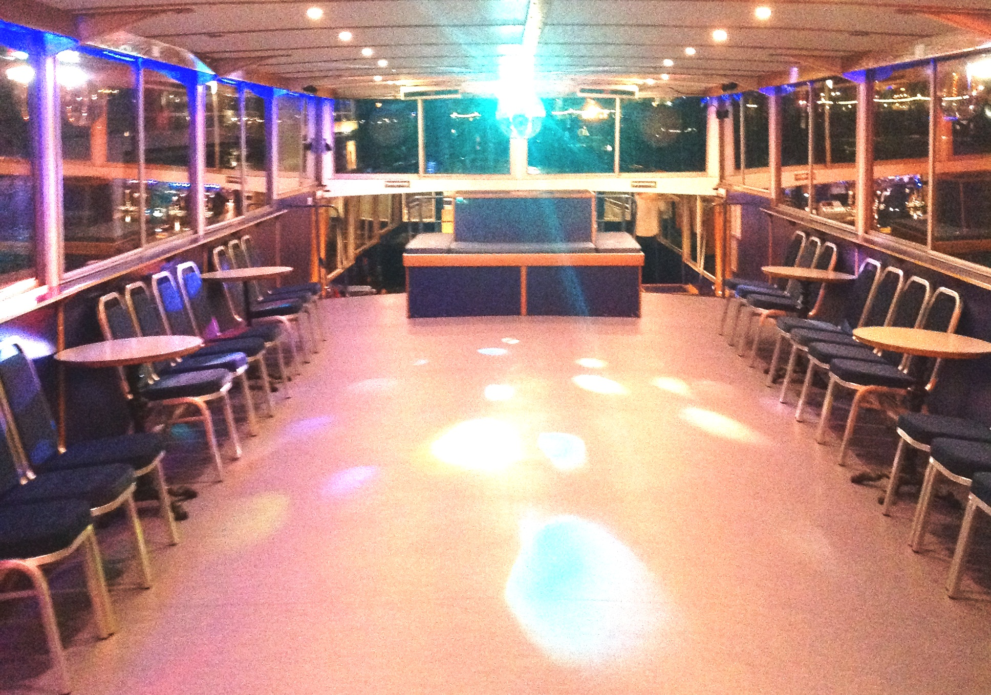Dance the New Year in to a top Thames DJ